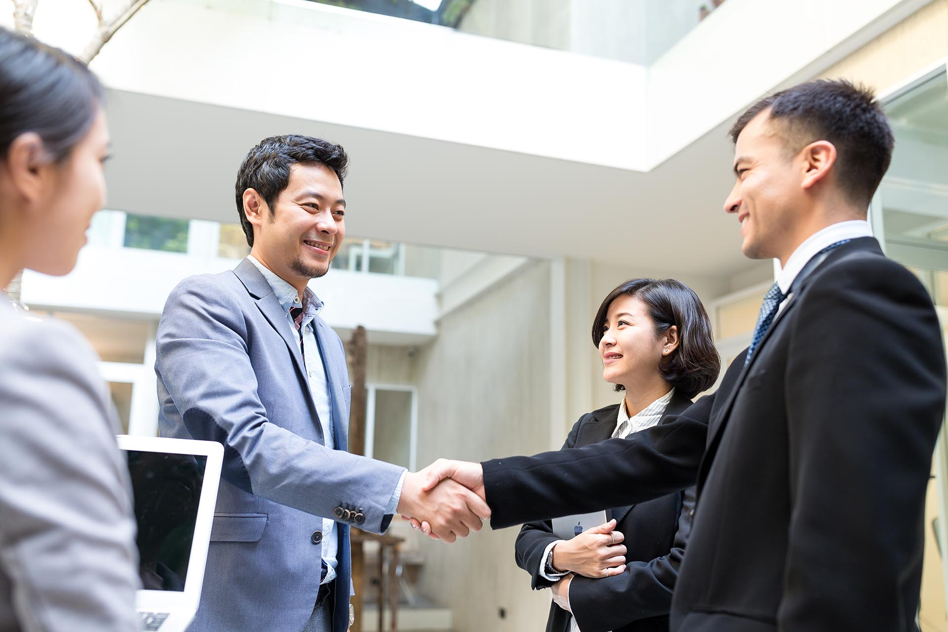 Set Up An Office In Japan - B2B In Japan | Digital Marketing For Asia
